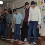 Наркоманы участвуют в конкурсах, пишут ногами
