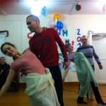 Танцы в новогоднюю ночь в центре реабилитации